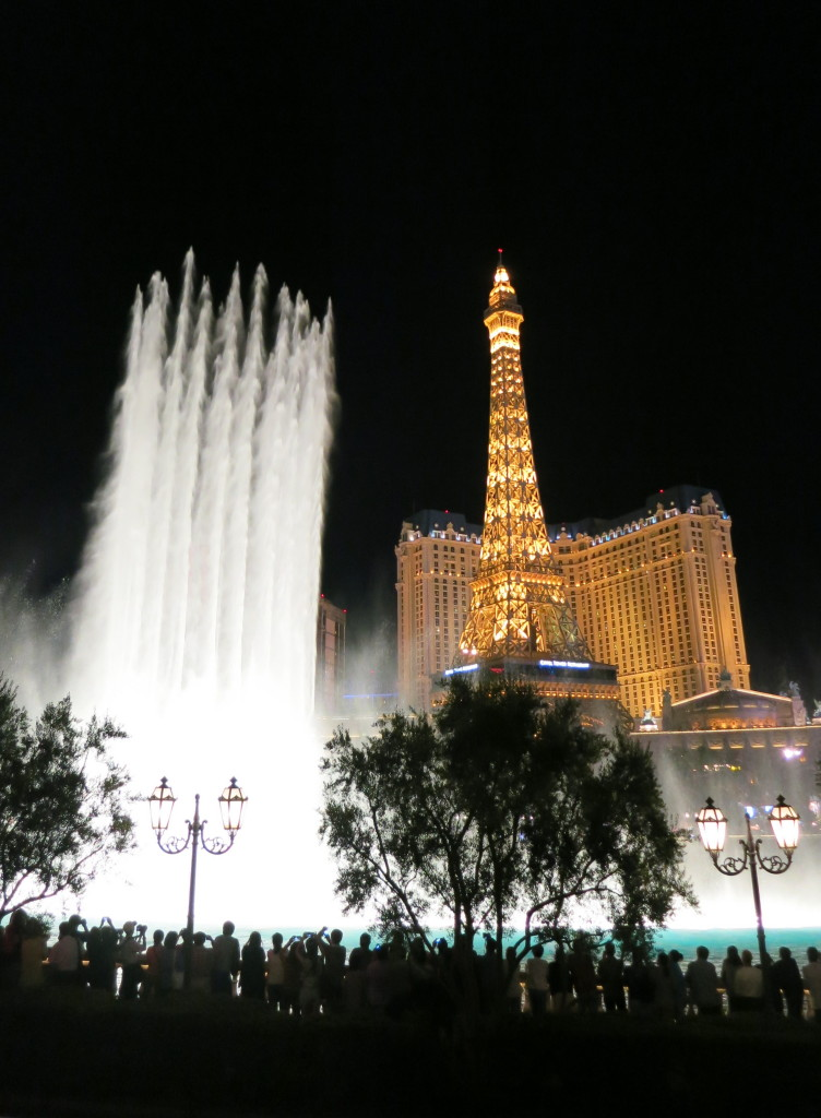 Dancing fountains outside the Bellagio